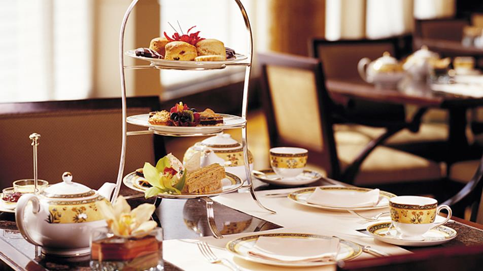 The-Lobby-Restaurant-Afternoon-Tea-Stand-1-1